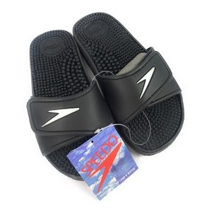 NWT Speedo Black Velcro Massage Slides